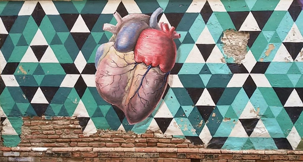 Heart Zoom In Street Art, MAUS Project SOHO, Street Art Malaga Lagunillas