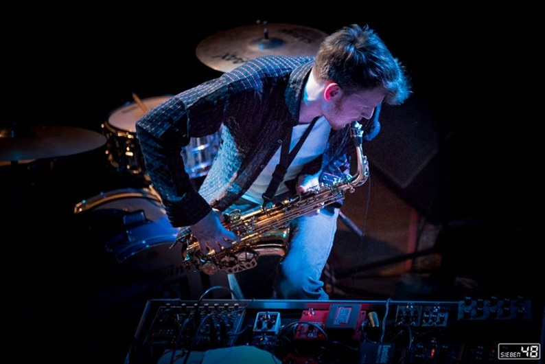 Saxophonist Leonhard Huhn • Colonel Petrov's Good Judgement - Moral Machine • Pic by Andre Syman at Sieben48