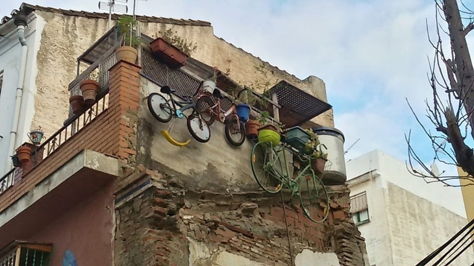 Smiling Bicycle Street Art, MAUS Project SOHO, Street Art Malaga Lagunillas